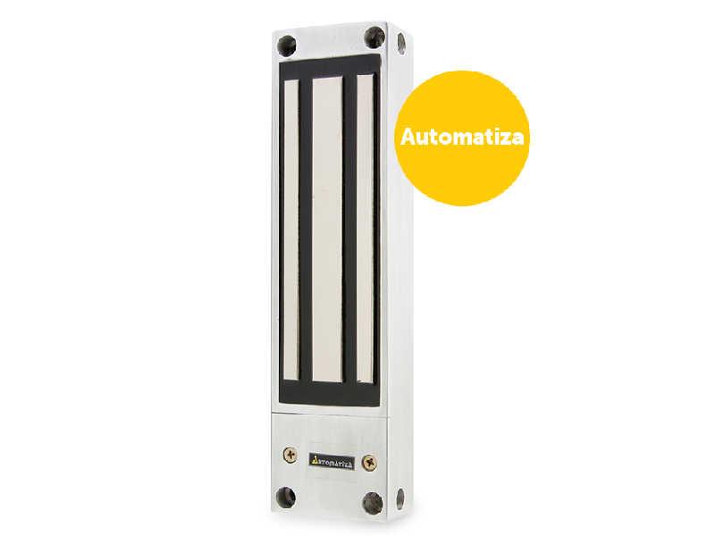 A fechadura-eletroímã é superresistente, suporta até 600 Kgf, e pode ser instalada em portas ou portões de aço para o máximo de segurança.