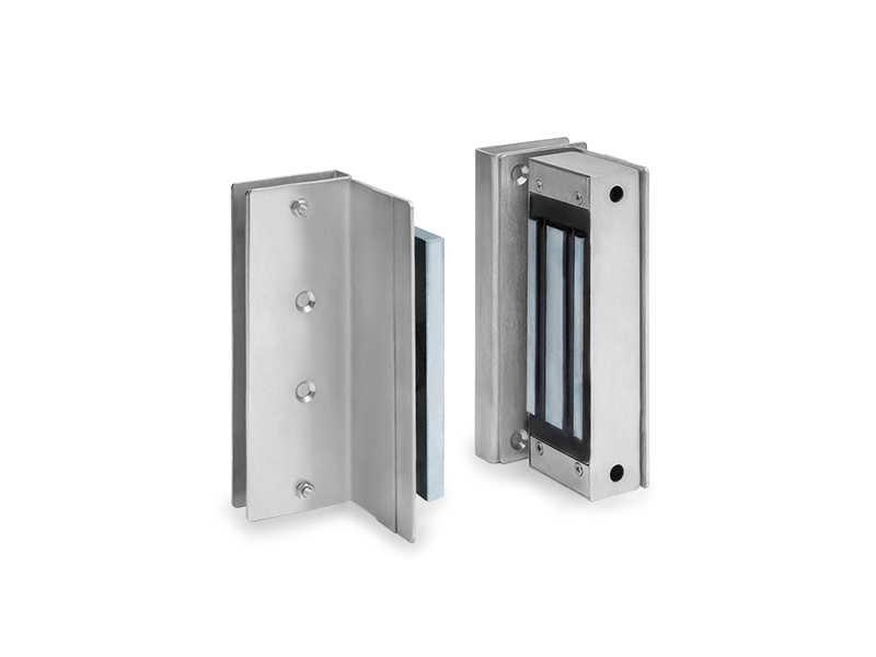 Ideal para portas deslizantes de vidro ou alvenaria, pode ser instalada à meia altura ou no piso, do jeito que você precisa